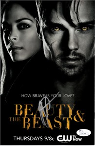 Kristin Kreuk autographed Beauty and the Beast 2013 promo comic book