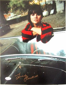 Linda Ronstadt autographed 11x14 photo in a convertible (JSA)