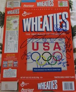 USA Softball stars autographed 1996 Olympic Wheaties box (Lisa Fernandez Michele Smith)