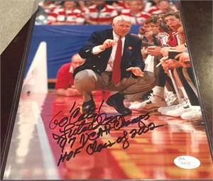 Lute Olson autographed Arizona Wildcats 8x10 photo inscribed Go Cats! (JSA)