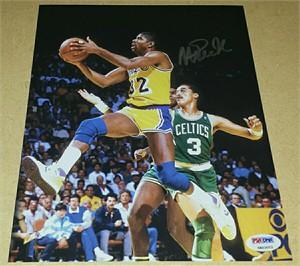 Magic Johnson autographed Los Angeles Lakers 8x10 photo (PSA/DNA)