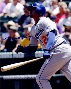Matt Kemp autographed Los Angeles Dodgers 8x10 photo