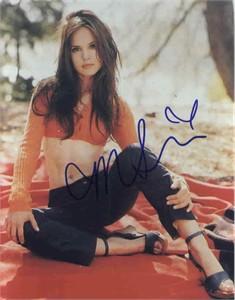 Mena Suvari autographed 8x10 photo