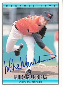Mike Mussina autographed Baltimore Orioles 1993 Topps card