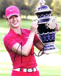 Michelle Wie autographed 2009 Lorena Ochoa Invitational 8x10 trophy photo