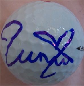 Momoko Ueda (LPGA) autographed Callaway golf ball