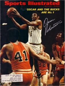 Oscar Robertson autographed Milwaukee Bucks 1971 Sports Illustrated