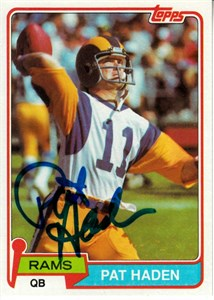 Pat Haden autographed Los Angeles Rams 1979 Topps card