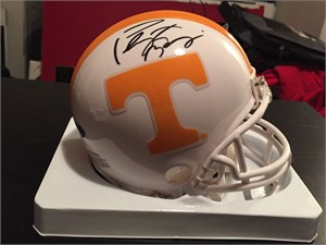 Peyton Manning autographed Tennessee Volunteers mini helmet (Mounted Memories)