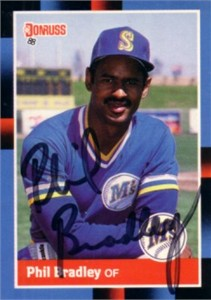 Phil Bradley autographed Seattle Mariners 1988 Donruss card