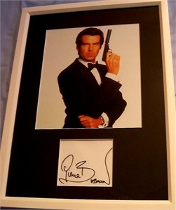 Pierce Brosnan autograph matted & framed with James Bond 007 photo