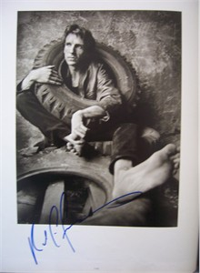 Ralph Fiennes autographed 11x14 Rolling Stone book photo