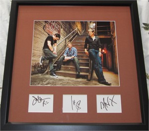 Rascal Flatts autographs matted & framed with 8x10 photo