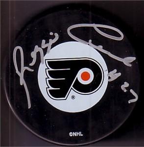 Reggie Leach autographed Philadelphia Flyers puck