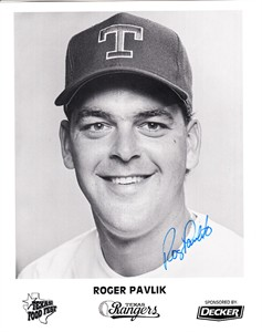 Roger Pavlik autographed Texas Rangers 8x10 promotional photo