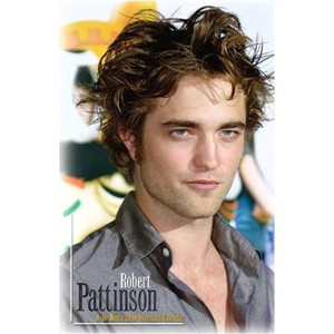 Robert Pattinson (Twilight) 2010 16 month poster calendar NEW