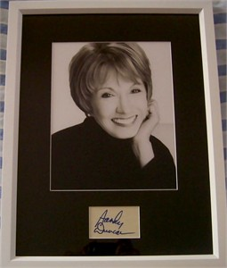 Sandy Duncan autograph matted & framed with 8x10 photo