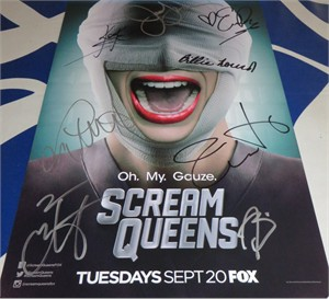 Scream Queens cast autographed 2016 Comic-Con poster Jamie Lee Curtis Taylor Lautner Lea Michele
