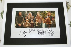 Sean Astin Billy Boyd Dominic Monaghan Elijah Wood autographed Lord of the Rings movie poster matted & framed