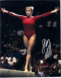 Shannon Miller autographed 8x10 gymnastics photo