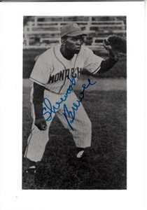 Sherwood Brewer autographed Kansas City Monarchs 3 1/2 by 5 black & white photo