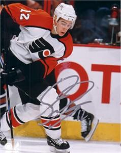 Simon Gagne autographed Philadelphia Flyers 8x10 photo
