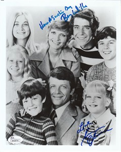 Susan Olsen (Cindy) & Barry Williams (Greg) autographed 8x10 Brady Bunch cast photo