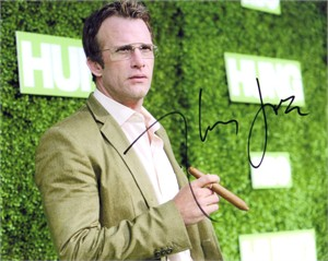 Thomas Jane autographed Hung 8x10 photo
