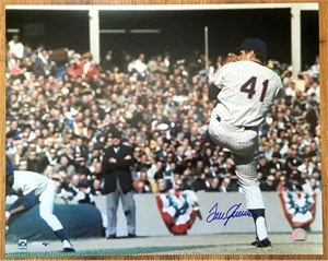 Tom Seaver autographed New York Mets 16x20 poster size photo