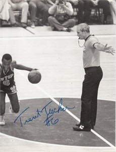 Trent Tucker autographed New York Knicks 8x10 black & white photo