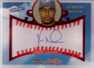Vernon Wells certified autograph 2004 Fleer Sweet Sigs card #61/150