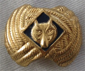 Vintage 1970s Cub Scouts Wolf gold neckerchief slide