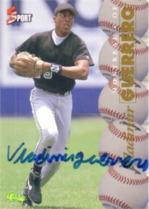 Vladimir Guerrero certified autograph 1995 Classic card (full name signature)