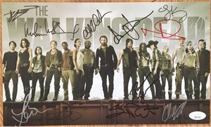 Walking Dead cast autographed 2014 Comic-Con photo card Andrew Lincoln Melissa McBride Norman Reedus Chandler Riggs Steven Yeun