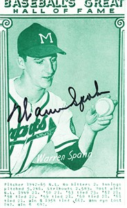 Warren Spahn autographed Baseball Hall of Fame Exhibit jumbo card