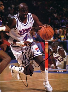 Walt Williams autographed Sacramento Kings Beckett Basketball magazine back cover photo