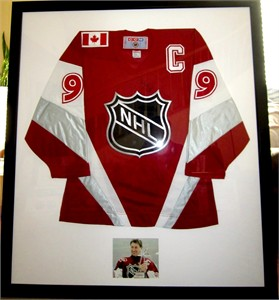 Wayne Gretzky autographed 1999 NHL All-Star Game authentic CCM jersey matted & framed with photo