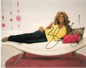 Wendy Williams autographed 8x10 photo