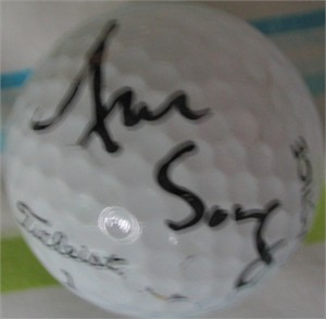 Aree Song (LPGA) autographed golf ball