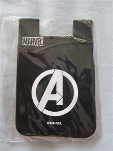 Avengers 2016 Comic-Con Marvel promo smartphone business or credit card pocket