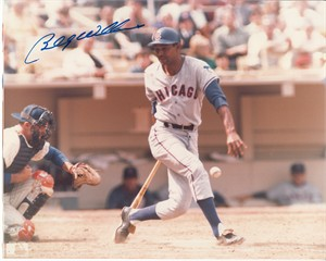 Billy Williams autographed Chicago Cubs vintage 8x10 action photo
