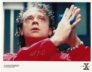 Brad Dourif autographed X-Files 8x10 photo