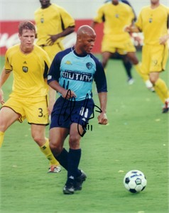 Chiquinho Conde autographed MLS Tampa Bay Mutiny 8x10 photo