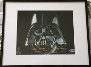 Dave Prowse autographed Star Wars Darth Vader 8x10 photo (BAS authenticated)