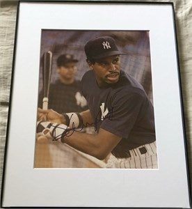 Dave Winfield autographed New York Yankees 8x10 photo