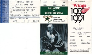 Detroit Red Wings lot of 3 vintage ticket stubs (Steve Yzerman)