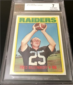 Fred Biletnikoff Oakland Raiders 1972 Topps card #210 BVG graded 7 NrMt
