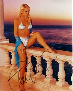 Gena Lee Nolin (Baywatch) autographed 8x10 swimsuit photo