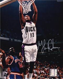 Glenn Robinson autographed Milwaukee Bucks 8x10 photo