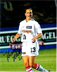 Heather Mitts autographed WUSA Philadelphia Charge 8x10 photo